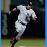 イチローの盗塁数記録(500まで)。成功率は捕手も恐怖!走塁に対する海外の反応
