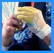 小林誠司爪マネキュアテープ白黄色